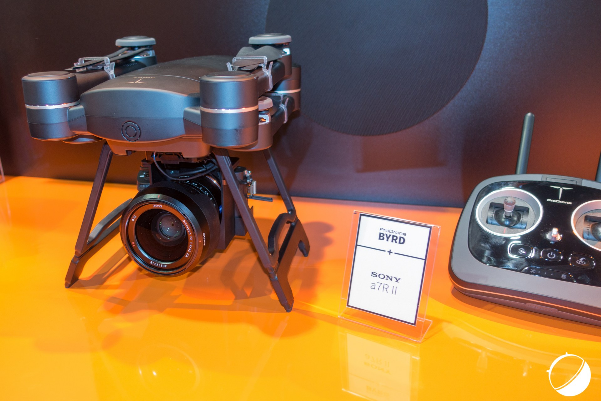ProDrone Byrd, le drone pliable compatible avec les appareils photo hybrides