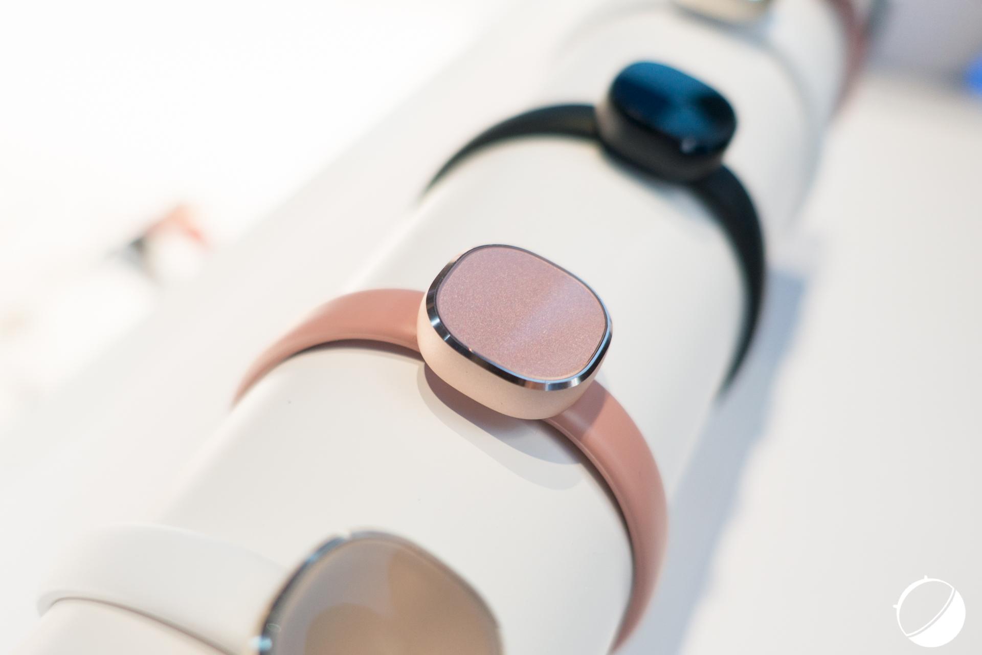 CES 2016 : Samsung présente des prototypes de bijoux connectés