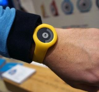 CES 2016 : Withings Go, enfin un écran e-Ink sur un bracelet à bas prix