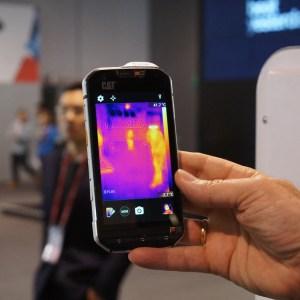 Prise en main du Cat S60, le premier mobile équipé d'un capteur thermique