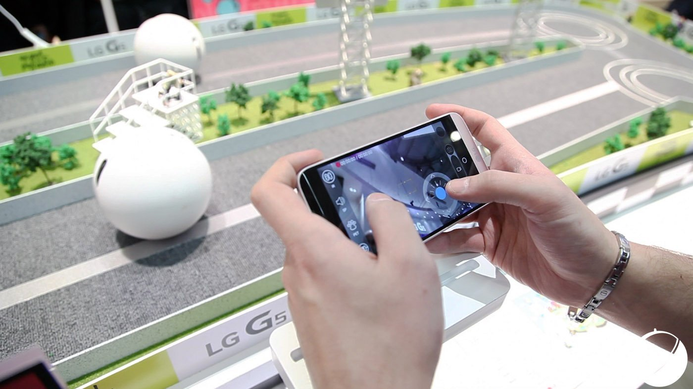 Vidéo : Notre prise en main du LG Rolling Bot, on l'a vu rouler, on a détesté