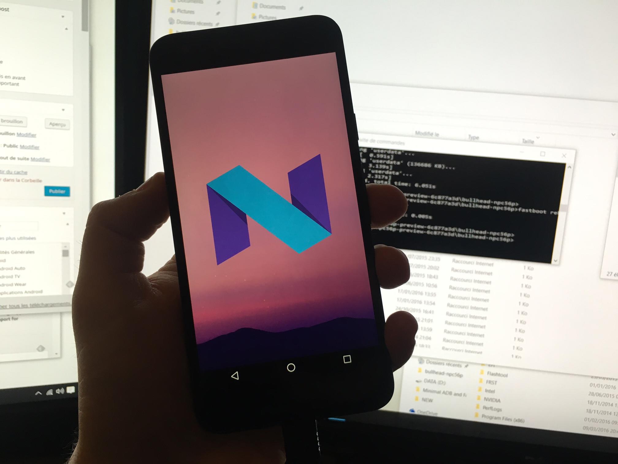 Tech'spresso : Android N livre ses secrets, Waze 4.0 et Free Mobile en forme