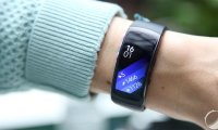 Prise en main du Samsung Gear Fit2, une belle impression