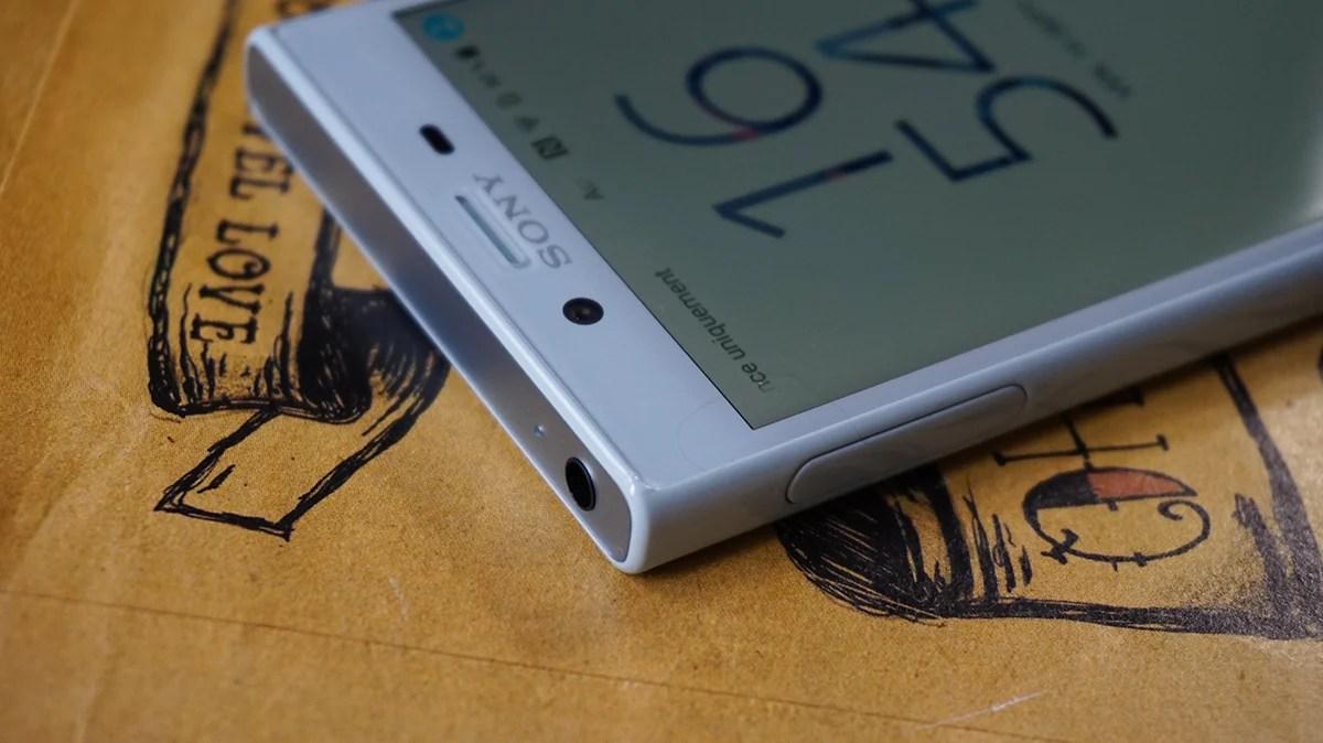 Rassurez-vous, Sony ne compterait pas supprimer le port jack de ses smartphones