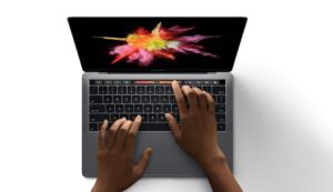 Des MacBook Pro 16 pouces arriveraient pour la fin d'année chez Apple