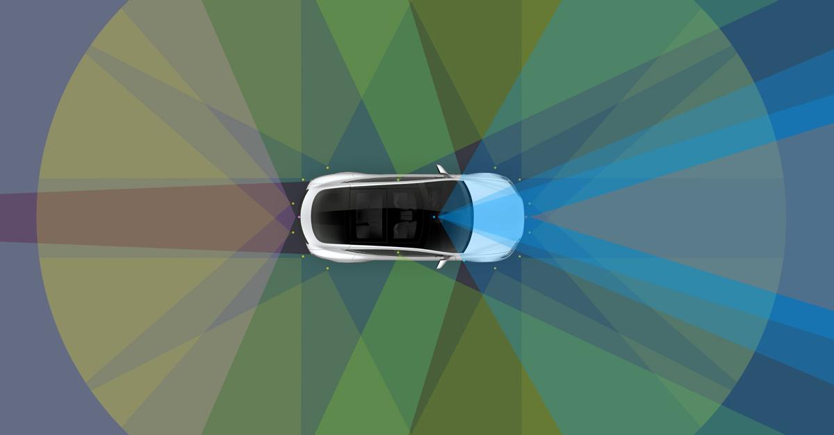 L'Autopilot de Tesla prédit un accident et alerte son conducteur