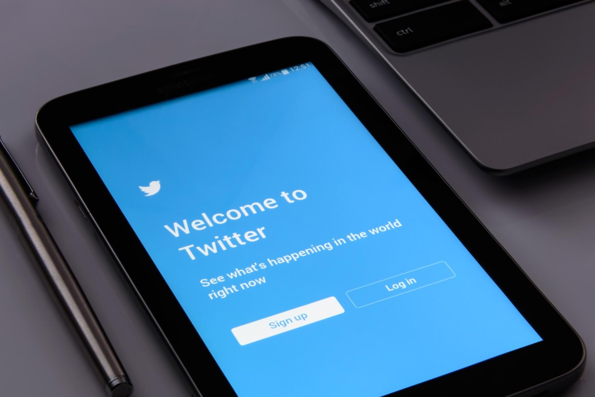Twitter ne collaborera pas avec les services de renseignement