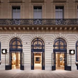 La Rue Steve Jobs à Paris fait polémique