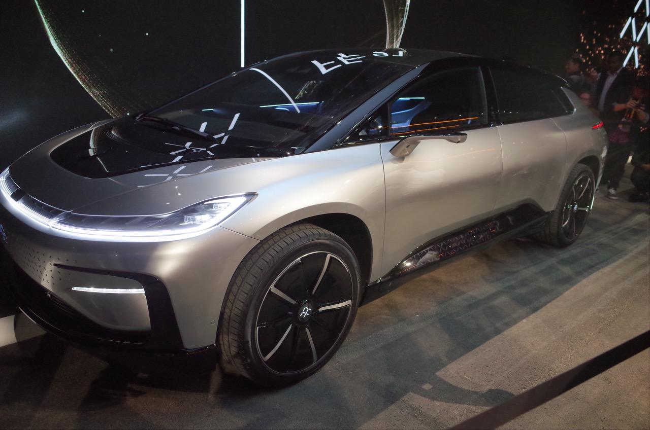 CES 2017 : Faraday Future dévoile son EV de 1050 ch, la Tesla Model X tremble