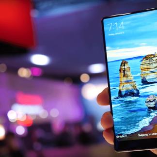 Prise en main du Xiaomi Mi MIX : sans bordures, mais encombrant