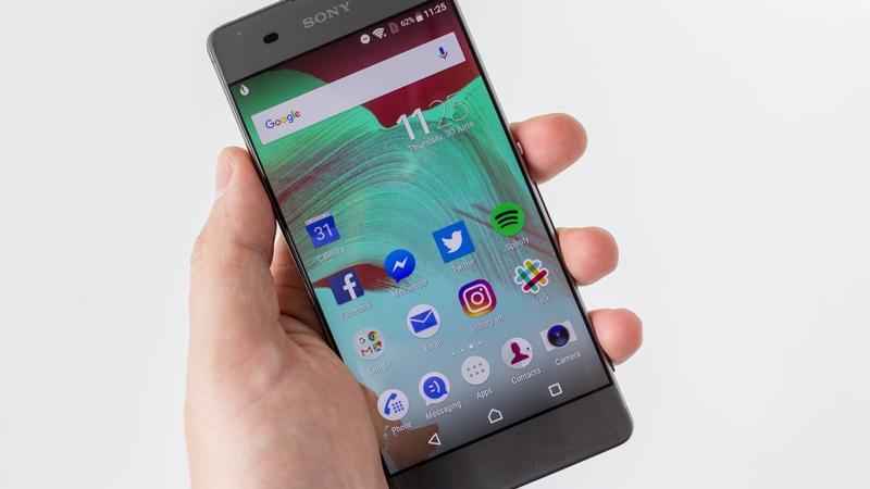 Sony Mobile : les ventes baissent mais la division mobile est de nouveau bénéficiaire