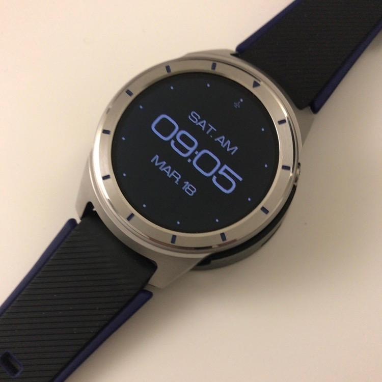 ZTE Quartz, une montre connectée lambda sous Android Wear