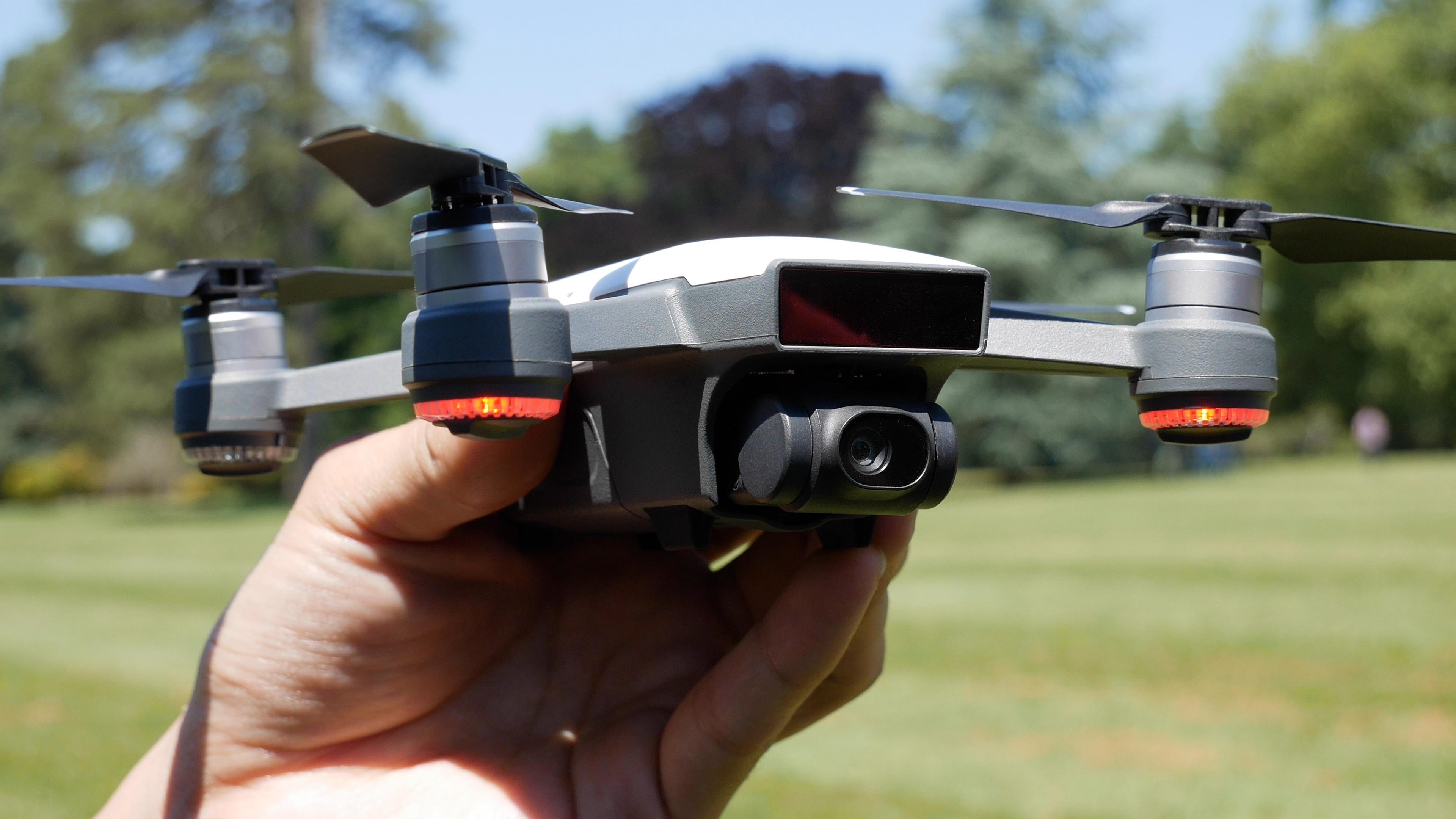 🔥 Bon plan : le DJI Spark Fly More Combo est à 566 euros sur Tomtop au lieu de 800 euros