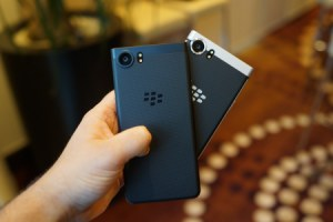 BlackBerry KEYone Black Edition : une nouvelle variante plus musclée mais plus onéreuse
