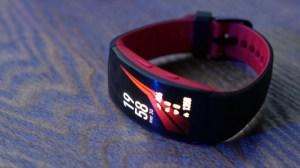 Prise en main du Samsung Gear Fit2 Pro : le bracelet connecté pensé pour la natation