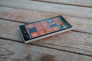 Microsoft abandonne définitivement l'idée d'un smartphone sous Windows 10