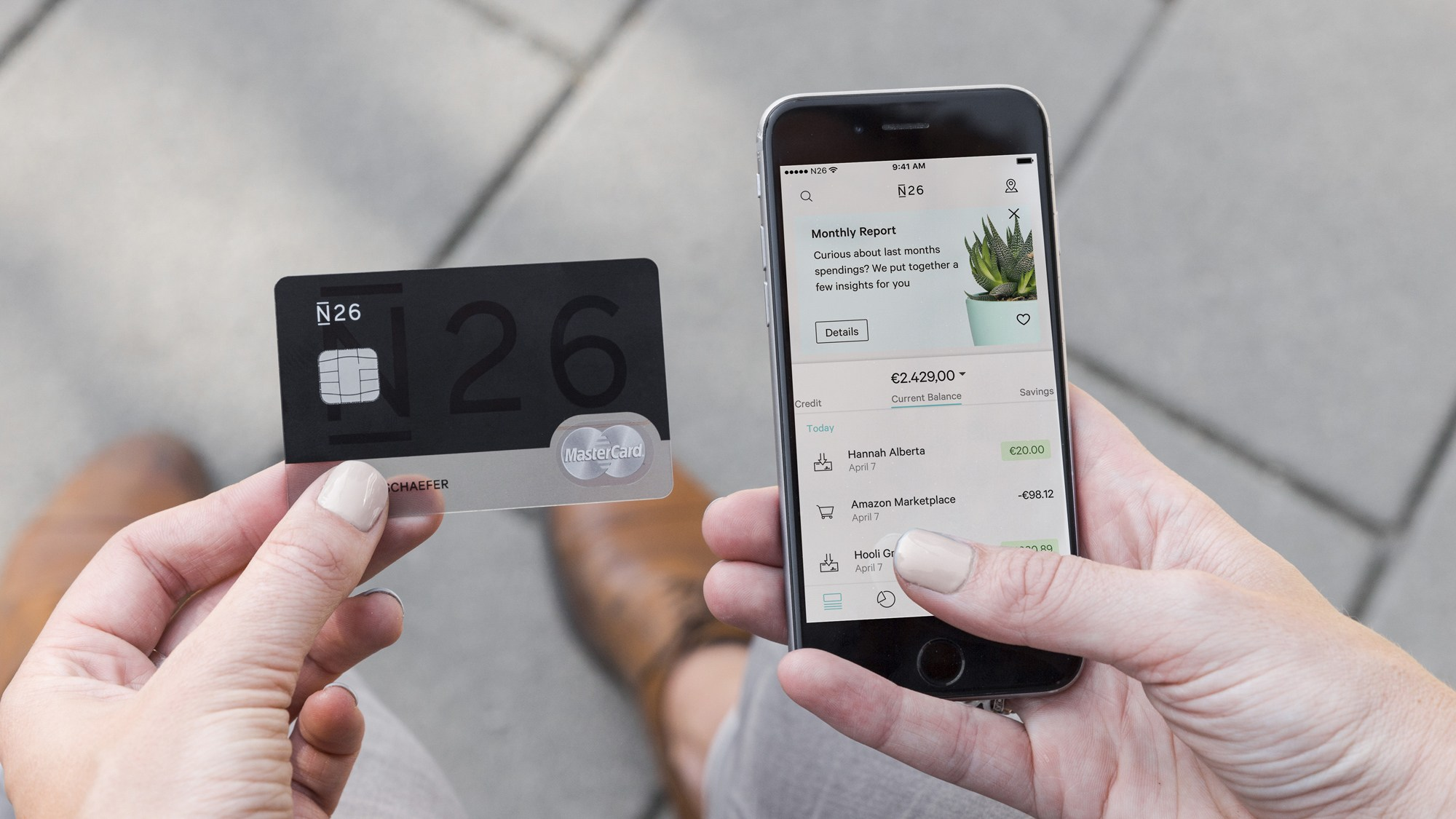 Connaissez-vous les banques mobiles ? Nous en avons testé deux !
