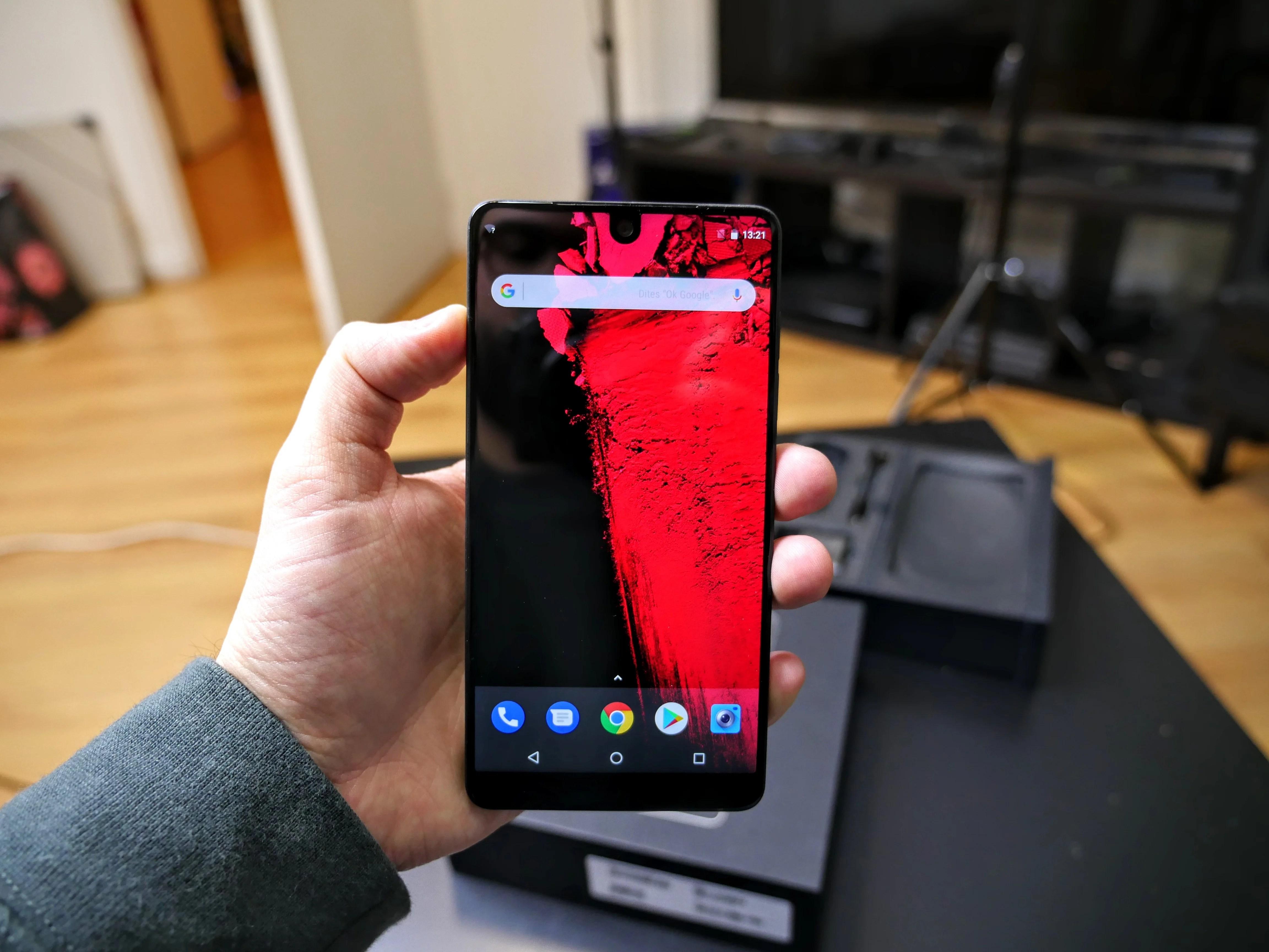 Essential Phone, nos premières impressions sur le smartphone du créateur d'Android
