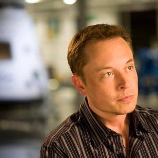 Elon Musk pense que l'humanité a 10% de chances de survie face à l'IA