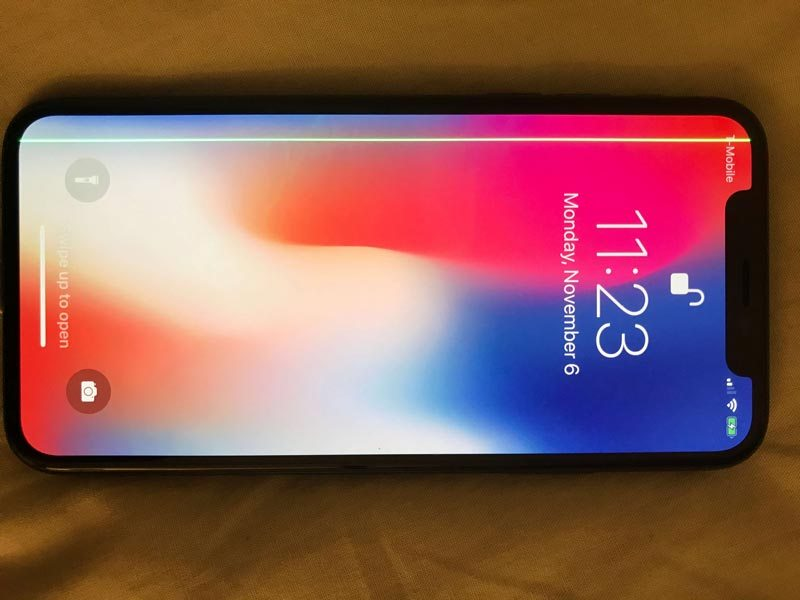 iPhone X : certains écrans affichent une ligne verte