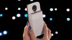 Motorola transforme ses smartphones en appareil photo Polaroid