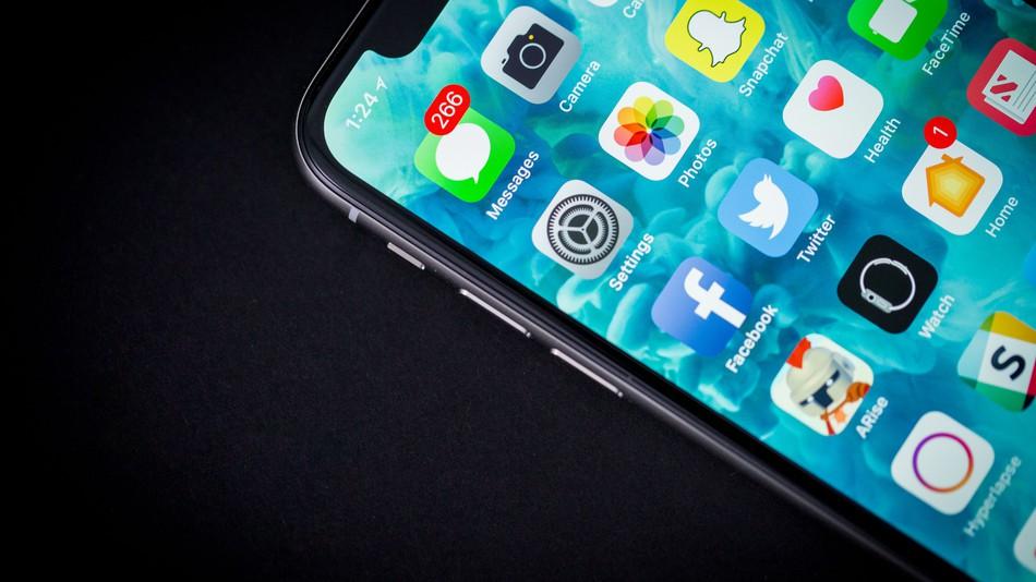 L'écran OLED d'un iPhone X brûle plus rapidement qu'un Galaxy Note 8, mais marque moins