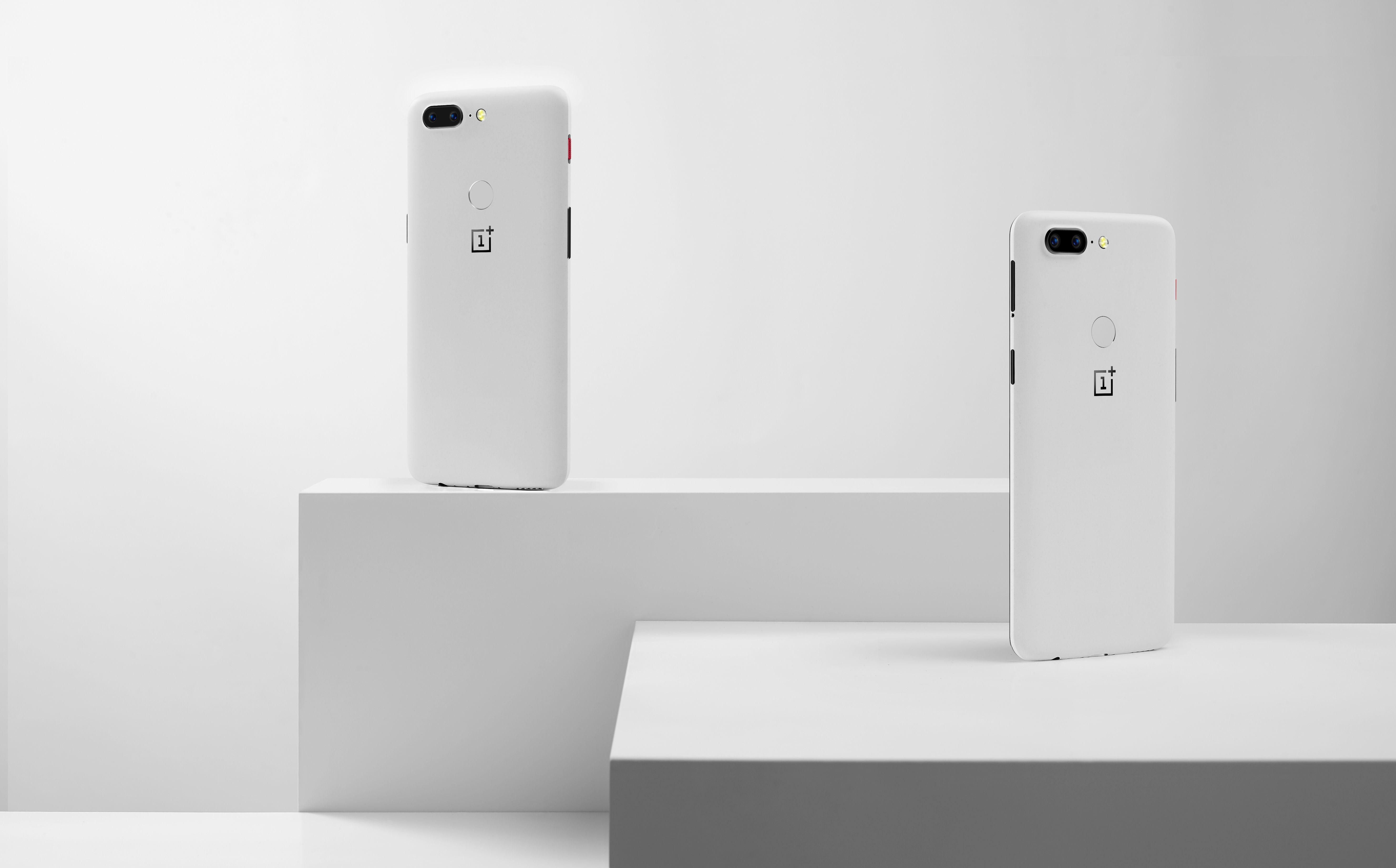 Tech'spresso : Treble sur OnePlus 5 et 5T, tarifs Netflix et problème sur le Vivo Nex