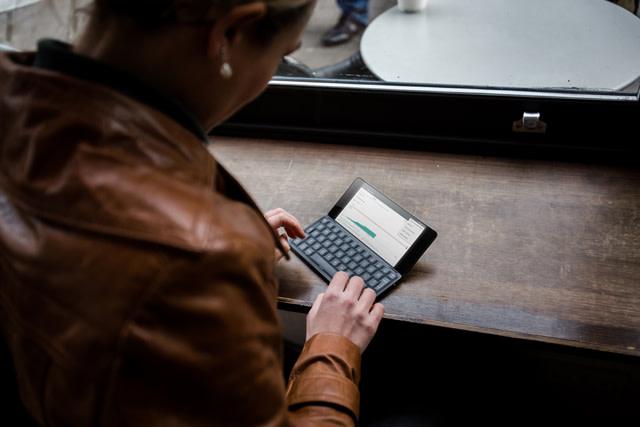 Gemini PDA : un minuscule ordinateur sous Android ou simplement un smartphone avec un clavier ?
