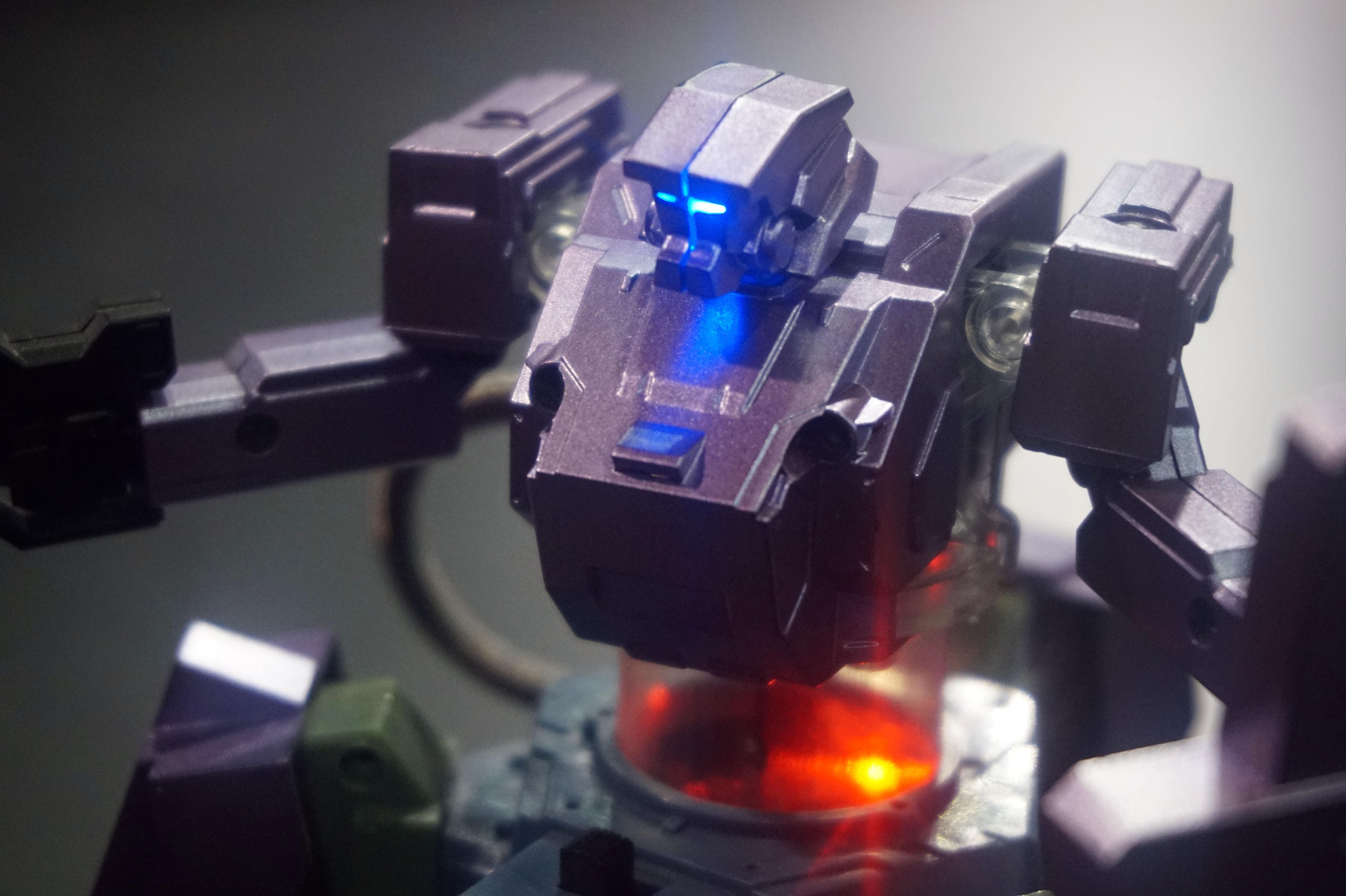 CES 2018: il nous faut absolument ce robot jouet contrôlable par smartphone