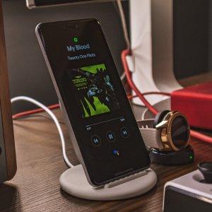 Quel est le meilleur chargeur sans fil Qi pour smartphone en 2021 ?