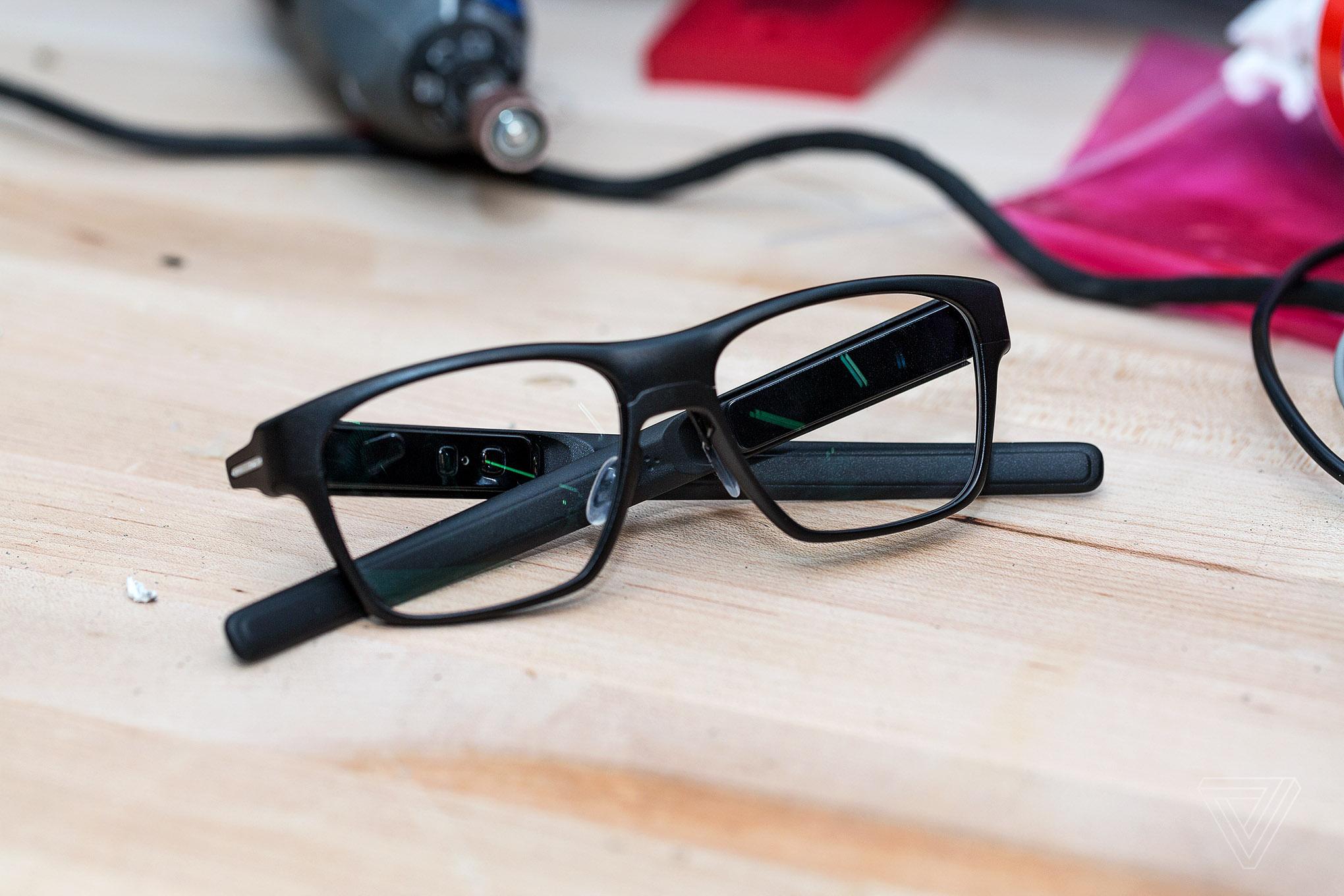 Vaunt : Intel réinvente des Google Glass élégantes et non intrusives
