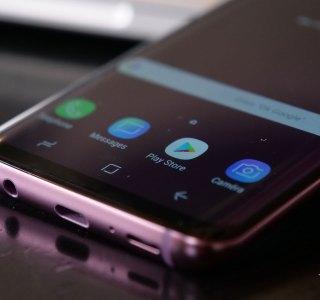 Galaxy S10 : Samsung préparerait une nouvelle charge rapide grâce au graphène