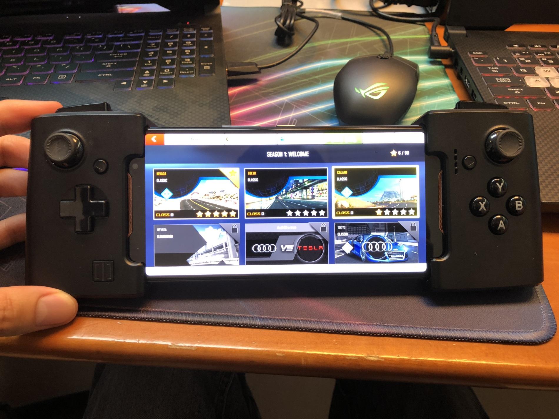 Asus ROG Phone : le smartphone gamer a droit à une période de sortie en France