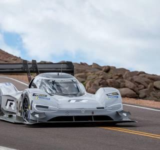 Pikes Peak : le record de vitesse de Sébastien Loeb écrasé par une voiture électrique