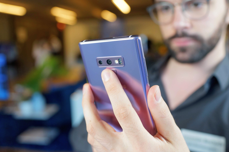 Samsung Galaxy Note 9 : le bouton Bixby 2.0 n'est plus désactivable