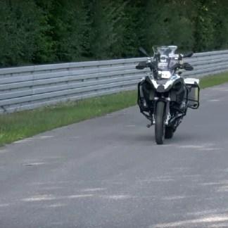 Avec sa nouvelle moto autonome, BMW veut améliorer la sécurité des motards