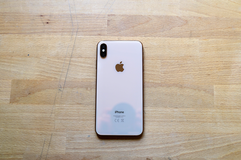 iPhone XR, iPhone XS, iPhone XS Max : Apple l'admet, les noms de ses smartphones n'ont pas de sens