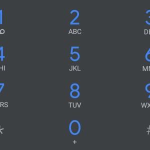 Google Phone : voici à quoi ressemble le futur thème sombre du dialer d'Android