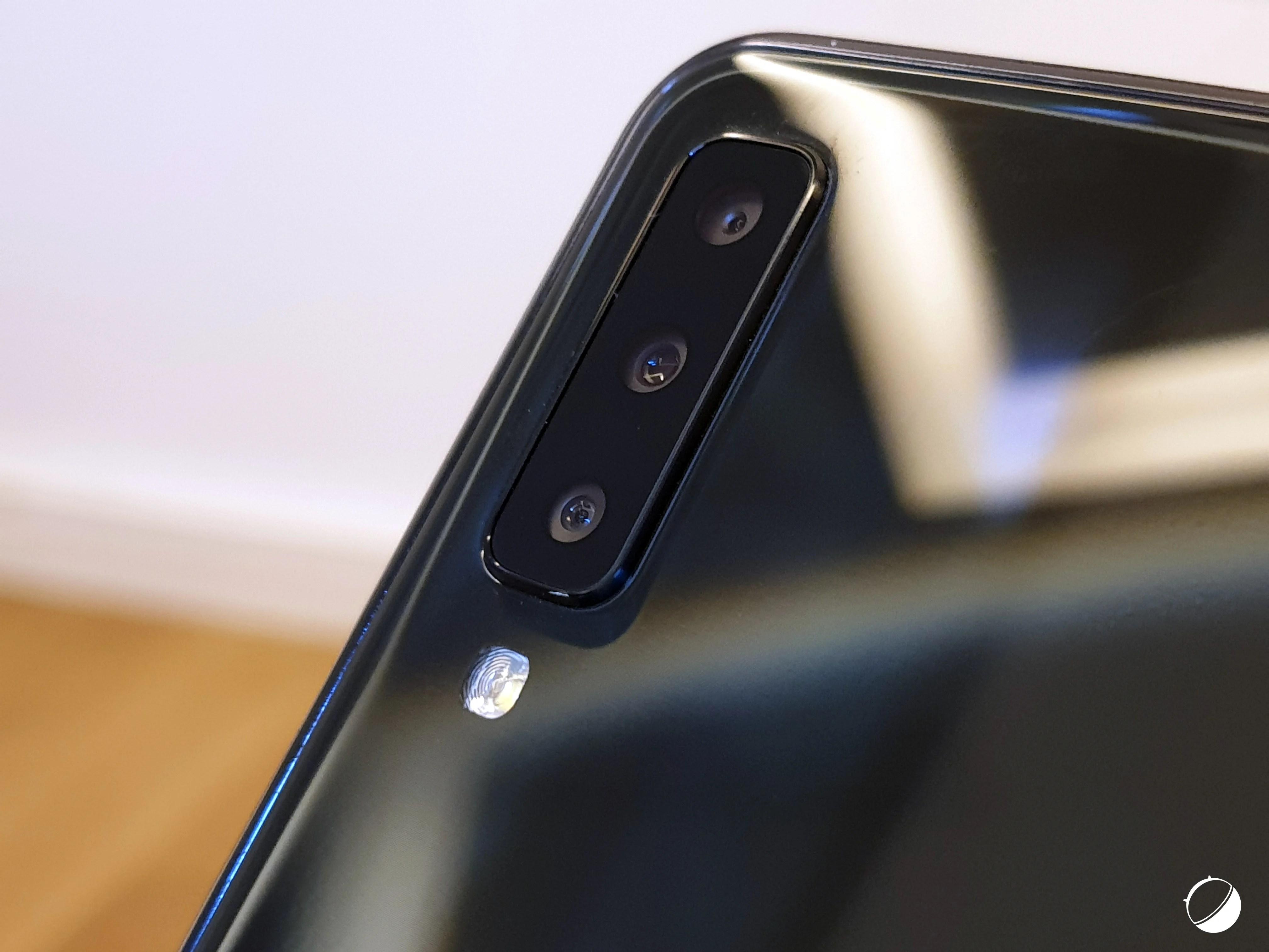 3 actualités qui ont marqué la semaine : Galaxy A7 officialisé, image du OnePlus 6T et Free VS Orange