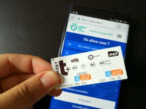 Ces smartphones Samsung serviront bientôt de ticket de métro en Île-de-France