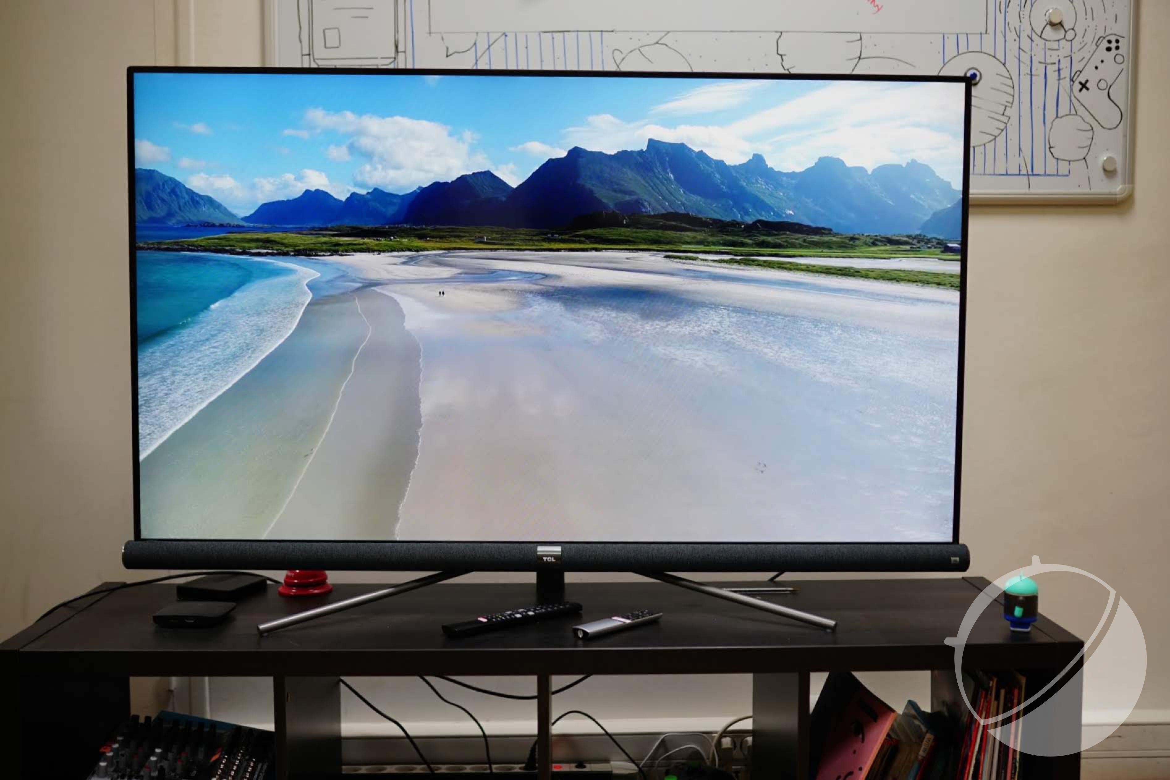 Test de la TCL 55DC760 (série C76) : le téléviseur 4K HDR avec barre de son JBL