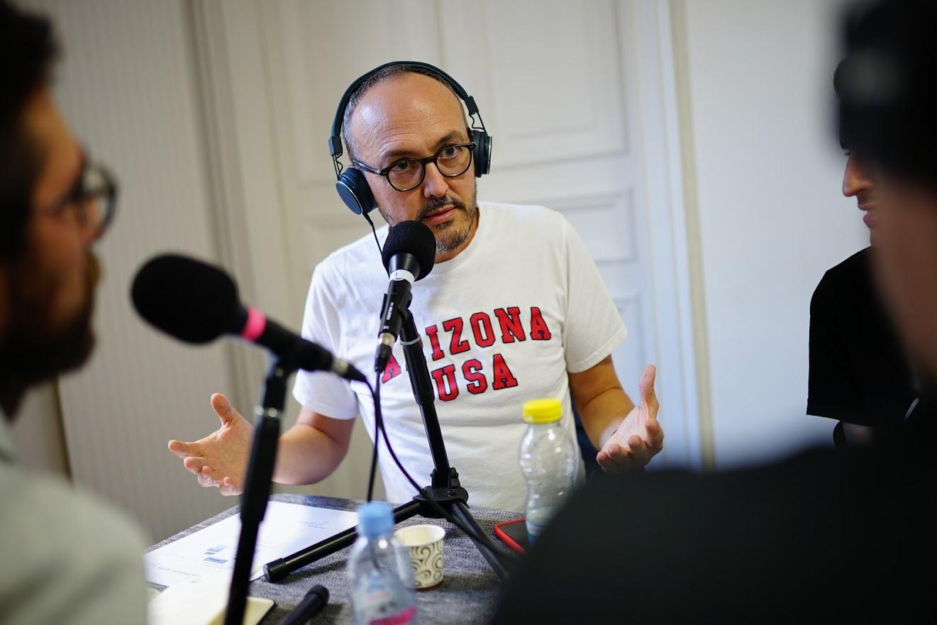 La guéguerre iOS et Android dure depuis 10 ans : le bilan en podcast !
