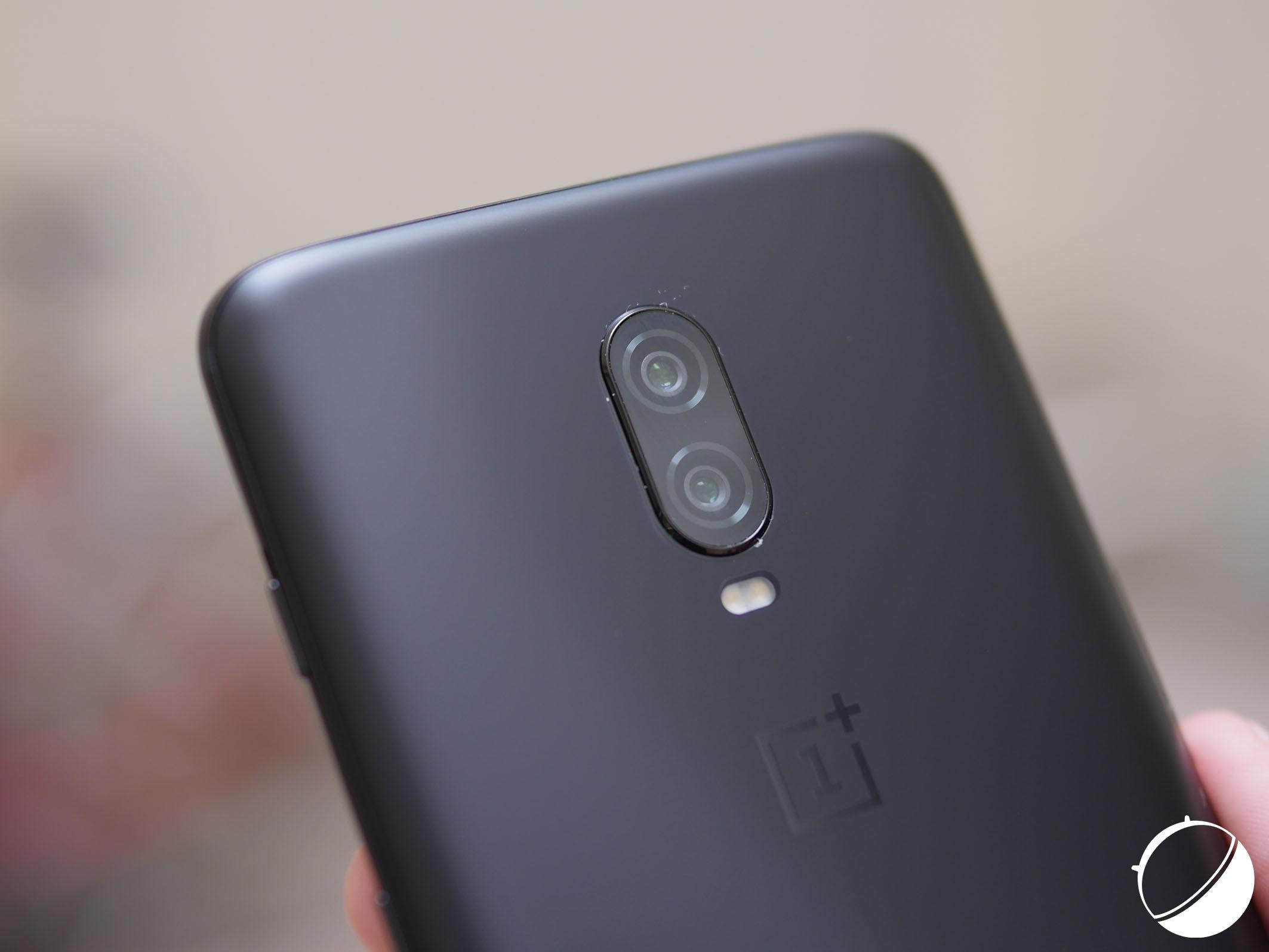 Les 3 actualités qui ont marqué la semaine : OnePlus 6T annoncé, 1er smartphone pliable et la navigation Maps en noir