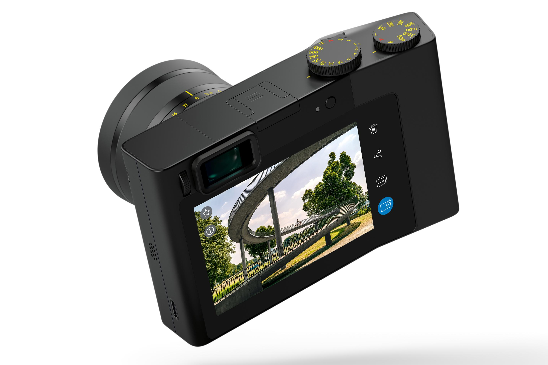 Zeiss ZX1, un compact expert plein format pour marquer une différence face aux smartphones