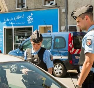 Waze : des contrôles policiers devraient être masqués par l'application en France