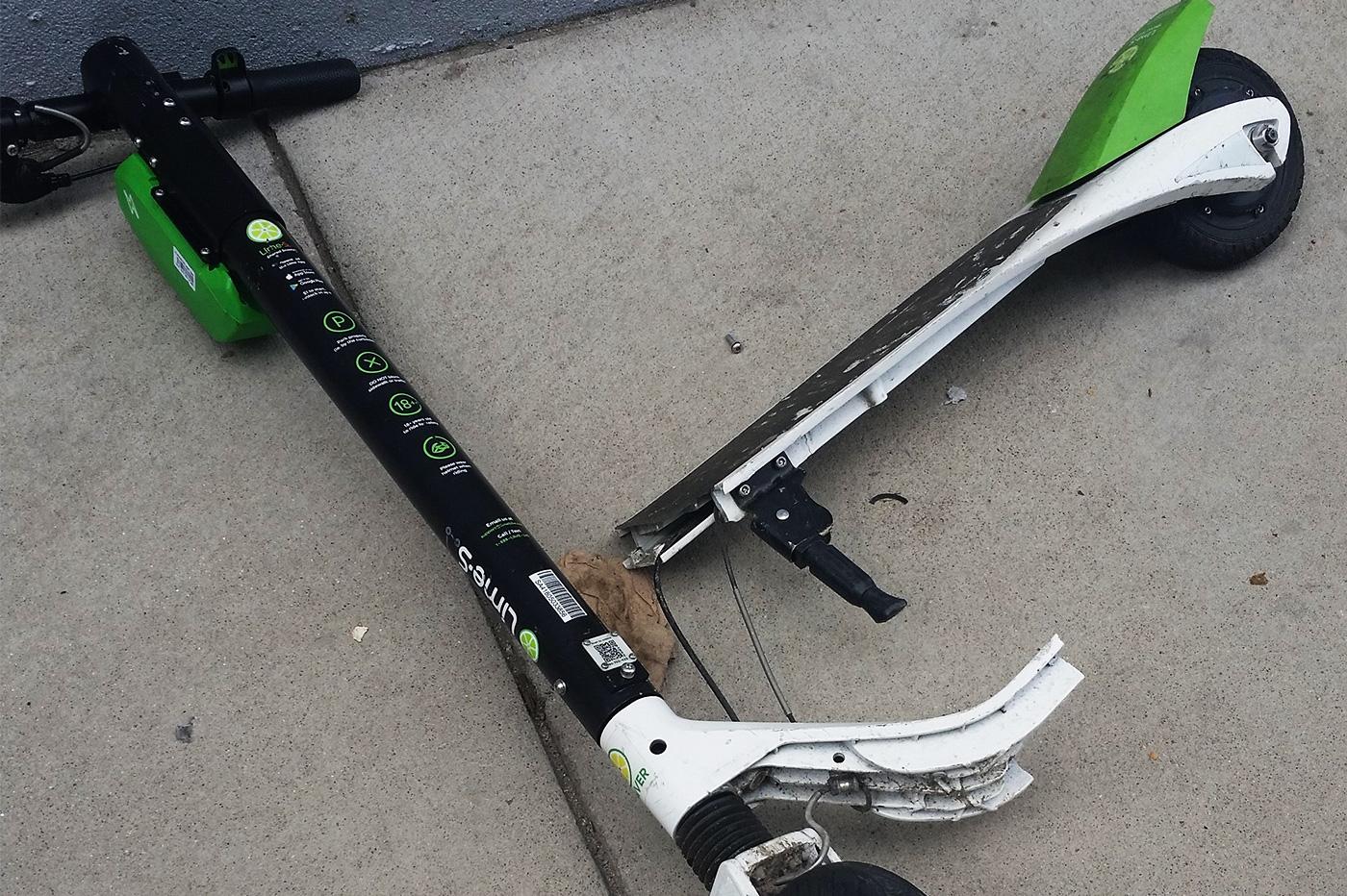 Après des risques d'incendie, les trottinettes électriques Lime sont susceptibles de se briser en deux