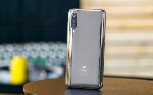 Snapdragon 855 vs Exynos 9820 : premiers tests de performance pour le Galaxy S10 en 2019