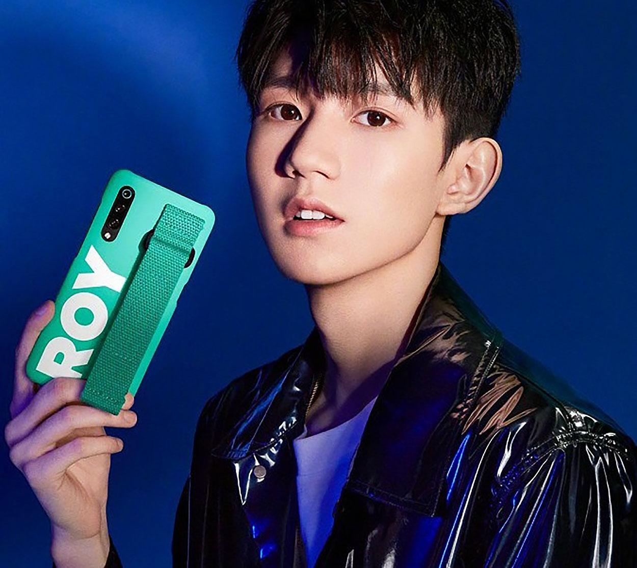 Le Xiaomi Mi 9 se dévoile dans de nombreuses photos à une semaine de son annonce