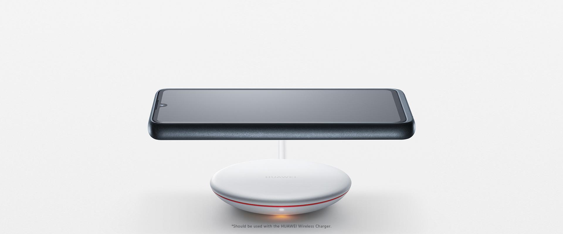 Huawei P30 : grâce à une coque, il peut aussi avoir la charge sans fil