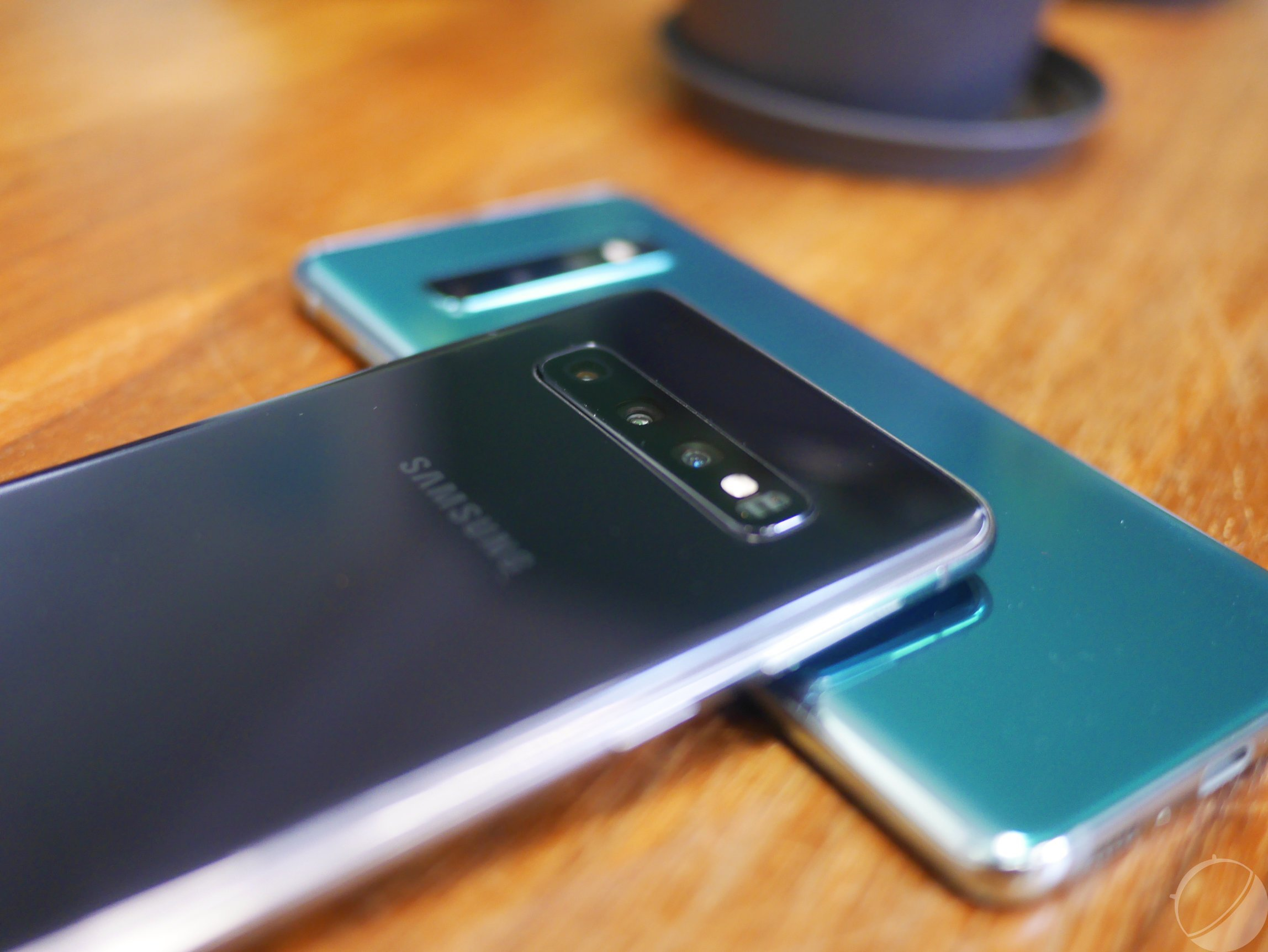 Samsung Galaxy S10 : l'appareil photo reçoit enfin son mode Nuit